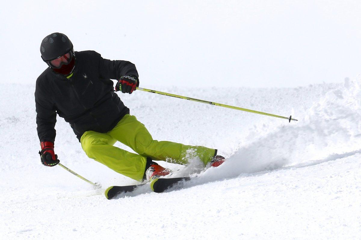 ski-2098120_1920-1200x800.jpg